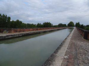 Pont canal du Cacor. Moissac
